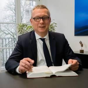 Ausschlussfristen im Arbeitsvertrag - Fachanwalt Hamburg